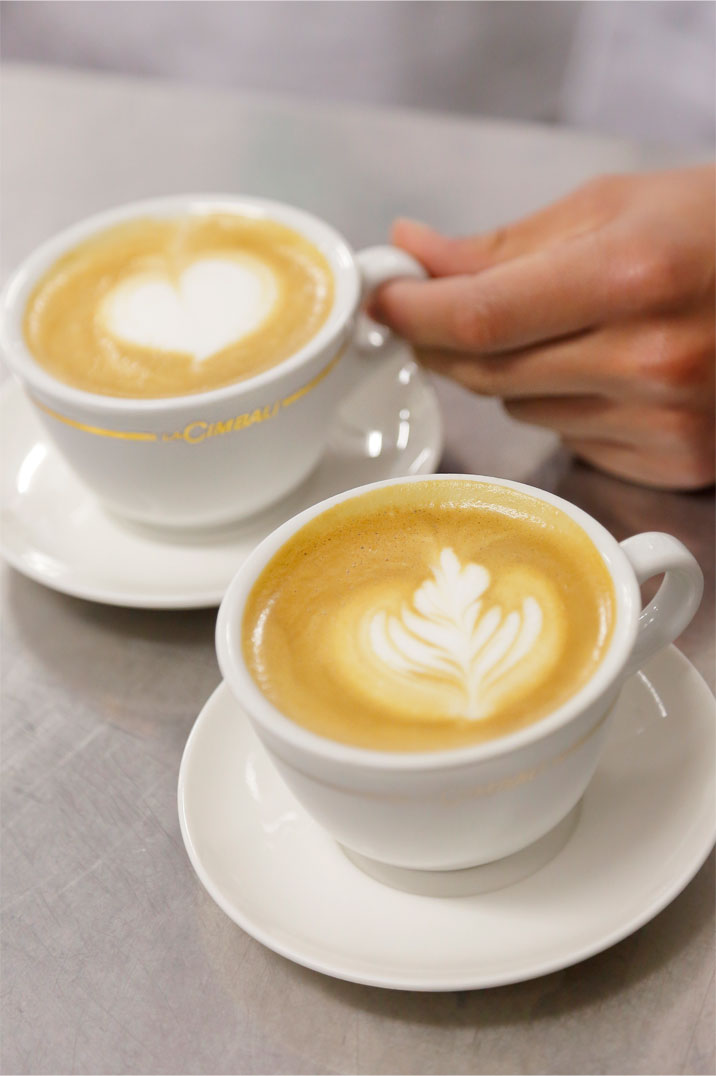 コーヒーの淹れかた。ラテアートを学ぶ